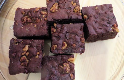 Healthy and good for you...  our vegan and gluten-free chocolate brownies